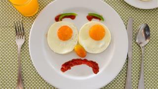 10 sai lầm cần tránh khi cho trẻ ăn sáng, biết sớm để không làm hại con